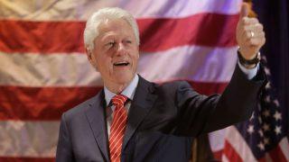 仮想通貨は「規制緩和」されるべき、ビル・クリントン元大統領